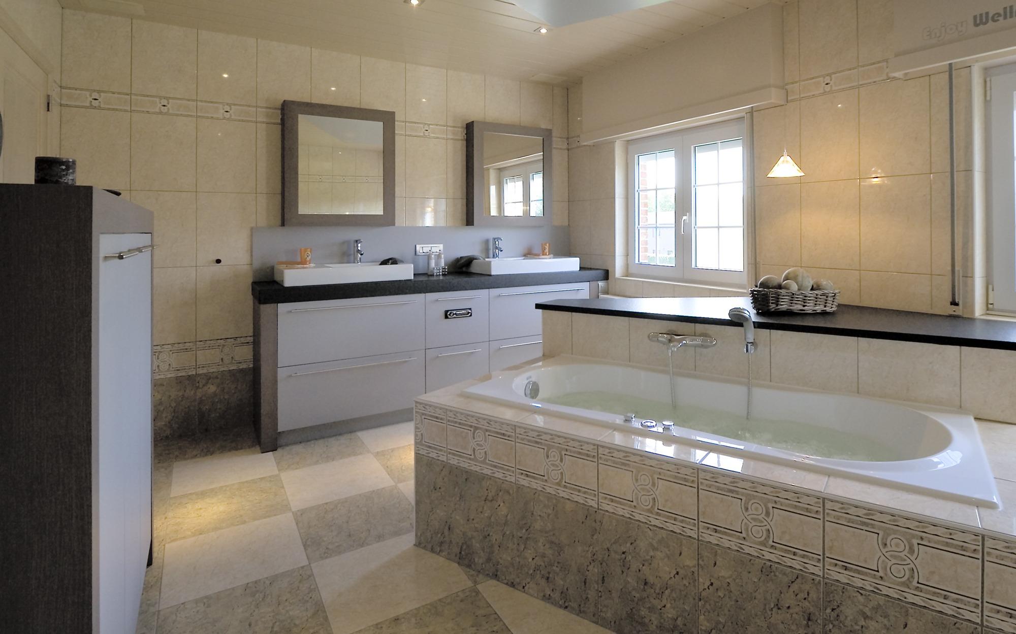 Realisaties badkamers interieur geenen for Geenen interieur